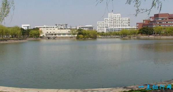 中国十大名校之一《上海交通大学》