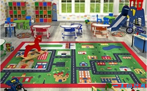 大孩子玩小游戏地毯