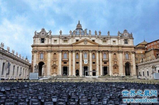 世界上最小的国家是梵蒂冈的面积只有0.44平方千