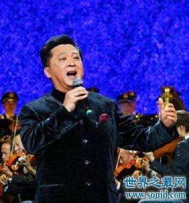 一位在歌坛拥有实力唱功的军旅歌唱家郁钧剑