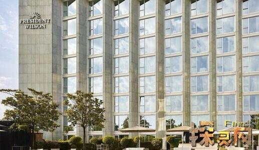 八星级酒店一晚多少钱,九星级酒店比它更贵!