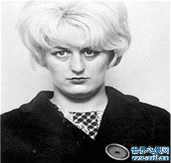 世界上最残暴的女杀人犯,手段残忍以少女血沐浴!