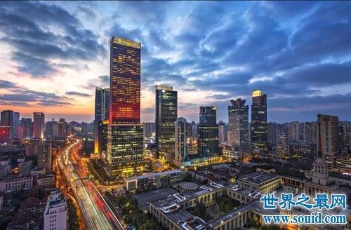 世界上最人口密集的十大城市,这里一公里人口数量4000万!