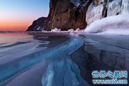 世界上最大的淡水湖是哪个 它有什么不为人知的故事呢