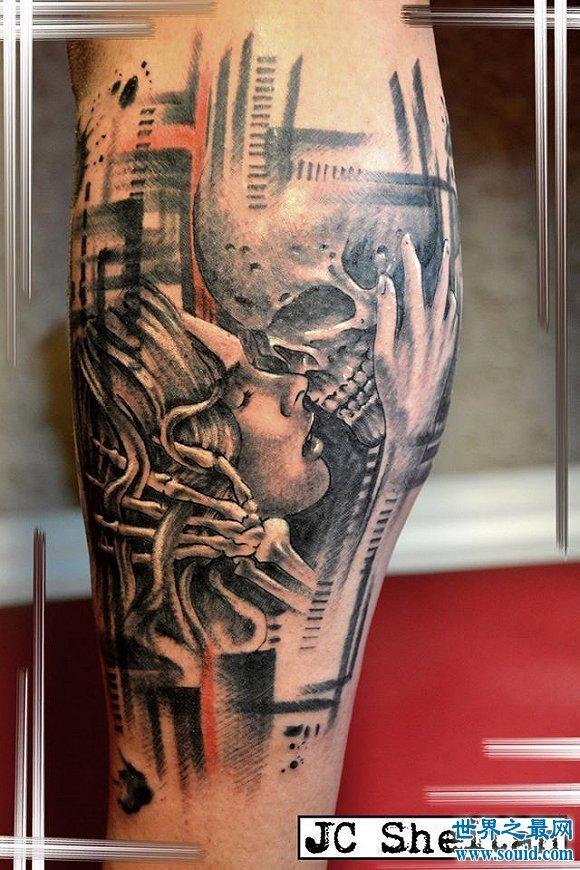 世界上首支假肢纹身枪臂,纹身师享受灵肉合一的快感