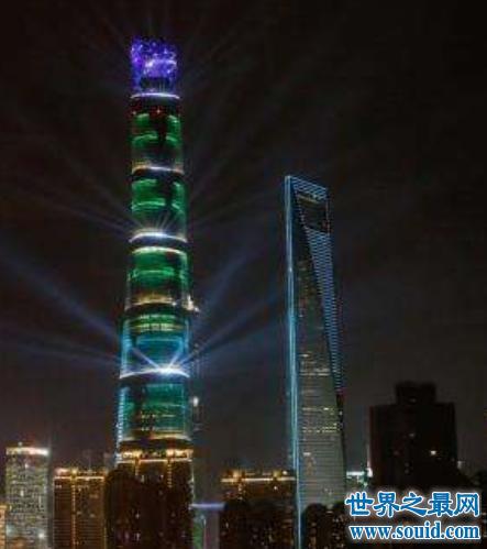 中国第一高楼,上海中心大厦。