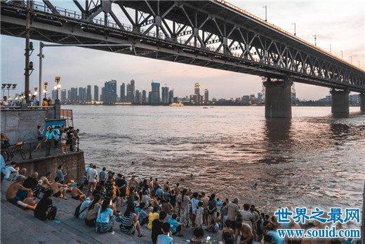中国四大火炉城市,武汉温度高达44.5摄氏度