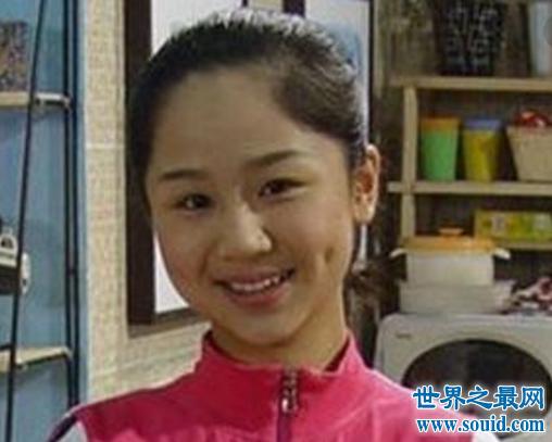 杨紫整容变蛇精女,网友称:亲妈都认不出这张脸