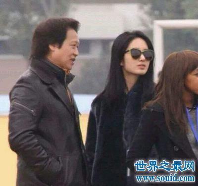 """刘亦菲陈金飞最神秘关系 究竟是""""干爹""""还是情人?"""